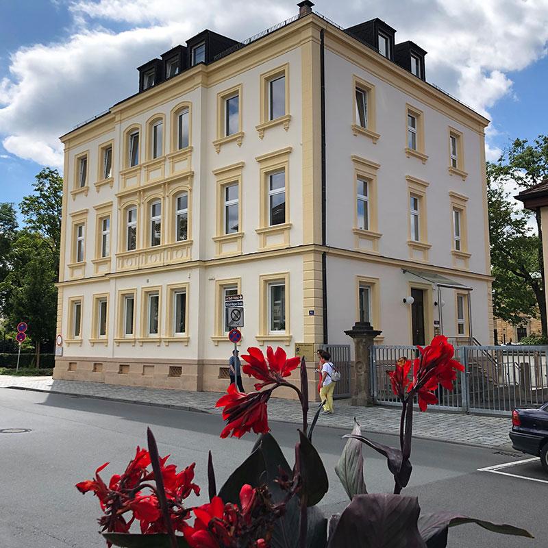 Dr. Hausser Bayreuth